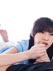 Yurikawa Sara stroking cock
