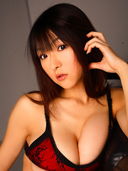 Mizuki Horii Asian in sexy lingerie has some really huge boobs