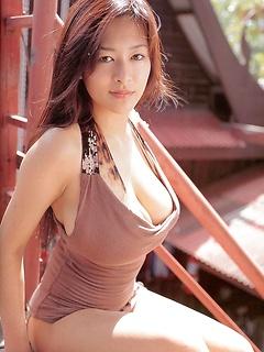 japanese adult model Erina Yamaguchi