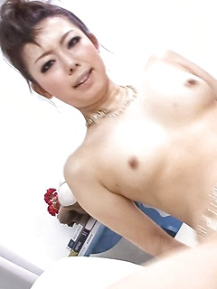 japanese adult model Yuki Asami
