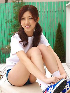 japanese adult model Azusa Togashi