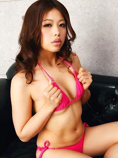 japanese adult model Asuna Kawai